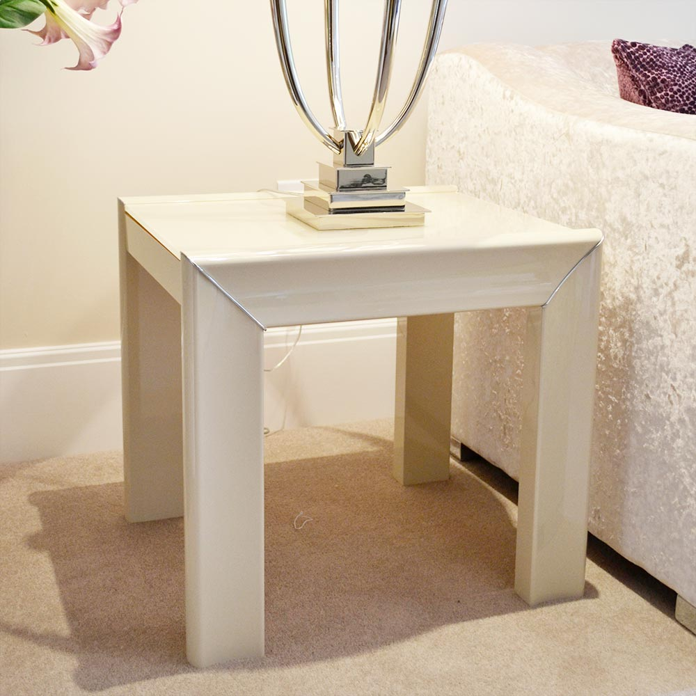 Minton Ivory High Gloss Lamp Table