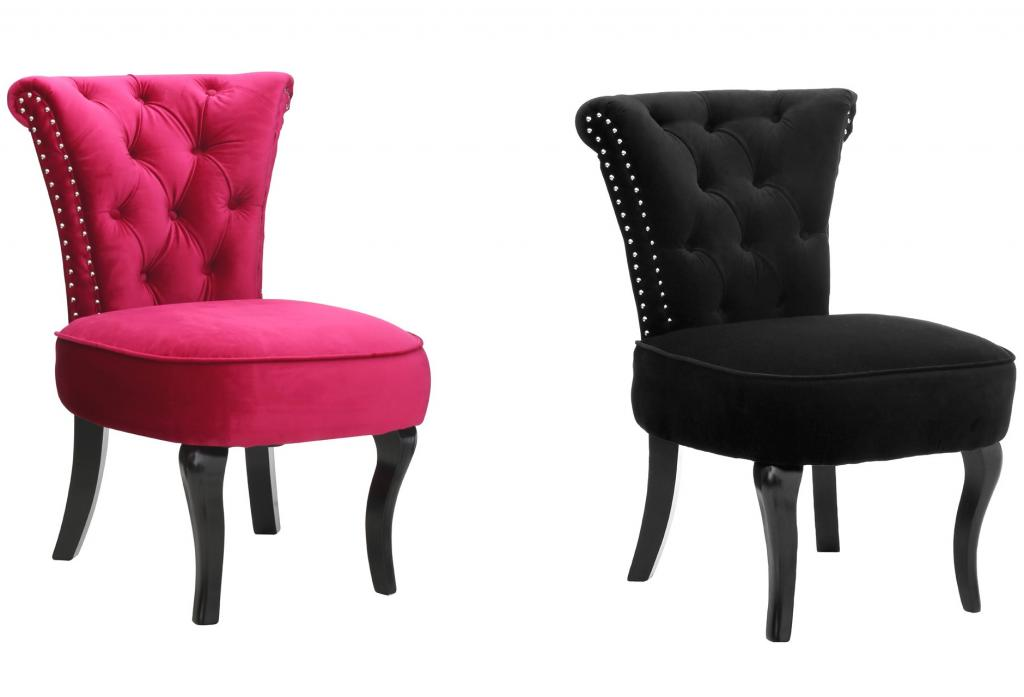 Amelie Buttoned Classic Feature Chair