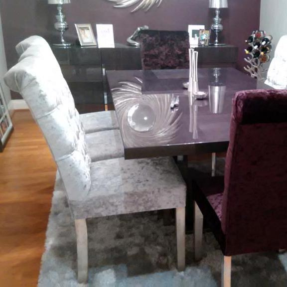 Bespoke Crushed Velvet Hardwood Buttoned Roll Top Dining Chair