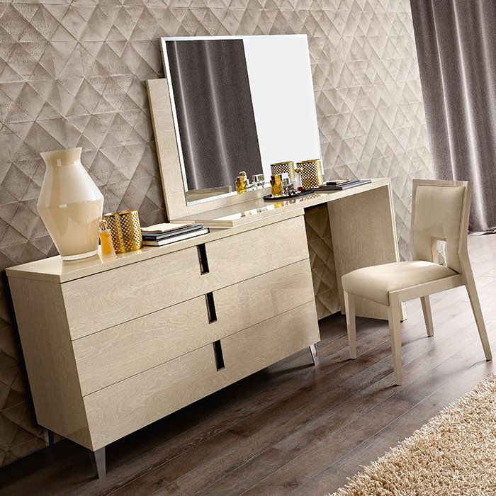 Abrianna Sand Birch Large 3 Drawer Dressing Table