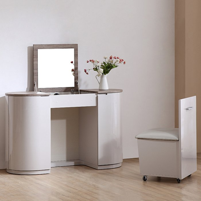 Hatty Oak & High Gloss Dressing Table With Flip-up Mirror & Chair
